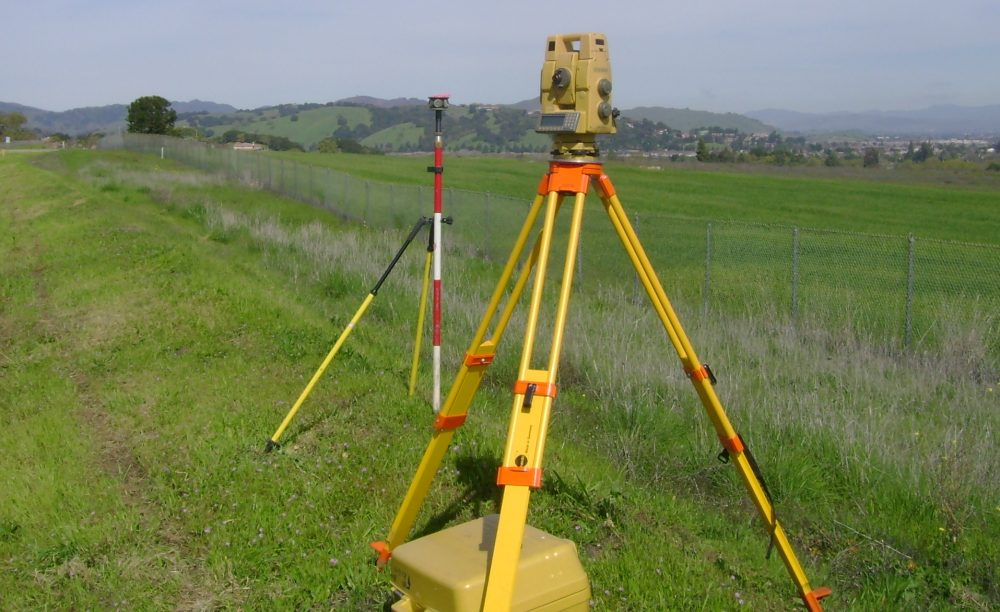 land-survey-head-picture