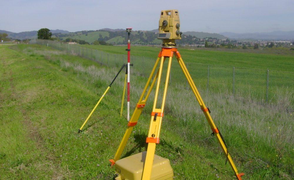 land-survey-head-picture